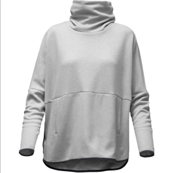 92370a33d The North Face Cozy Slacker Poncho- light grey S/M